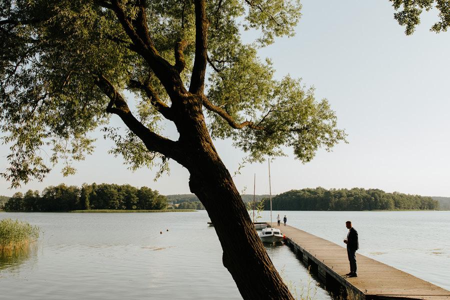 wesele nad jeziorem, miedzy deskami, fotograf slubny warszawa,