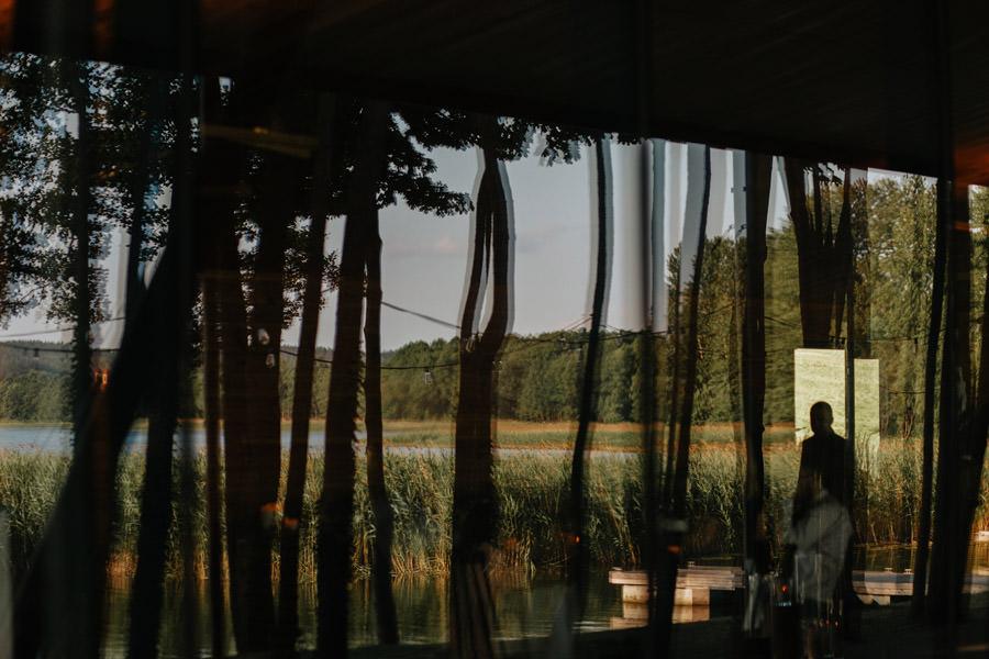 goscie na weselu, miedzy deskami, slub nad jeziorem