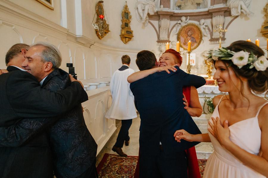 rodzice pary mlodej, weselnicy, ceremonia,