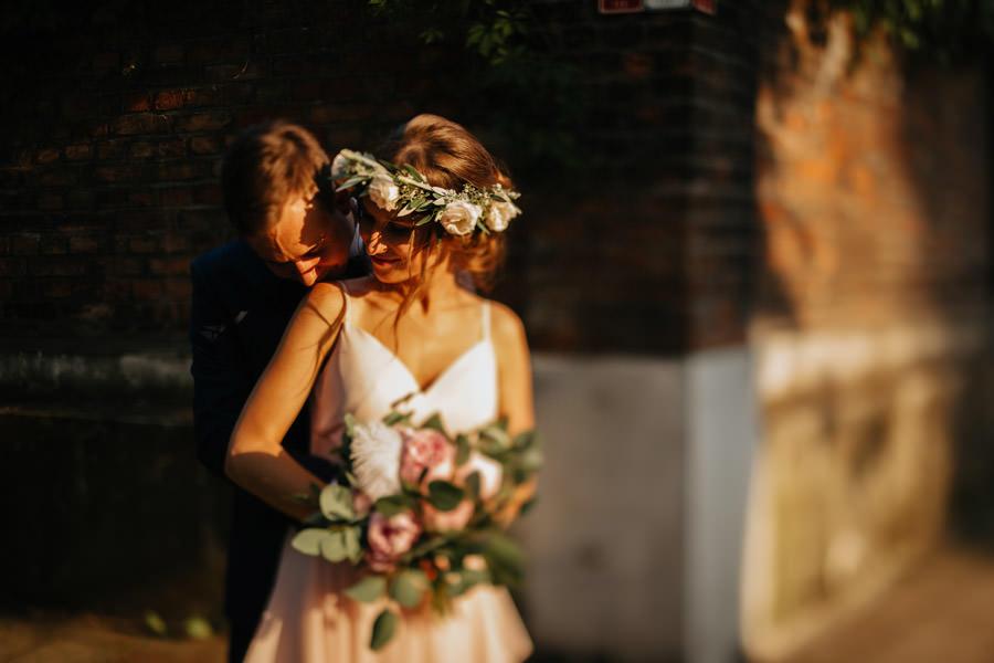 bukiet panny mlodej, kwiaty na slub, sesja poslubna, fotograf slubny warszawa, wesele w stylu boho,
