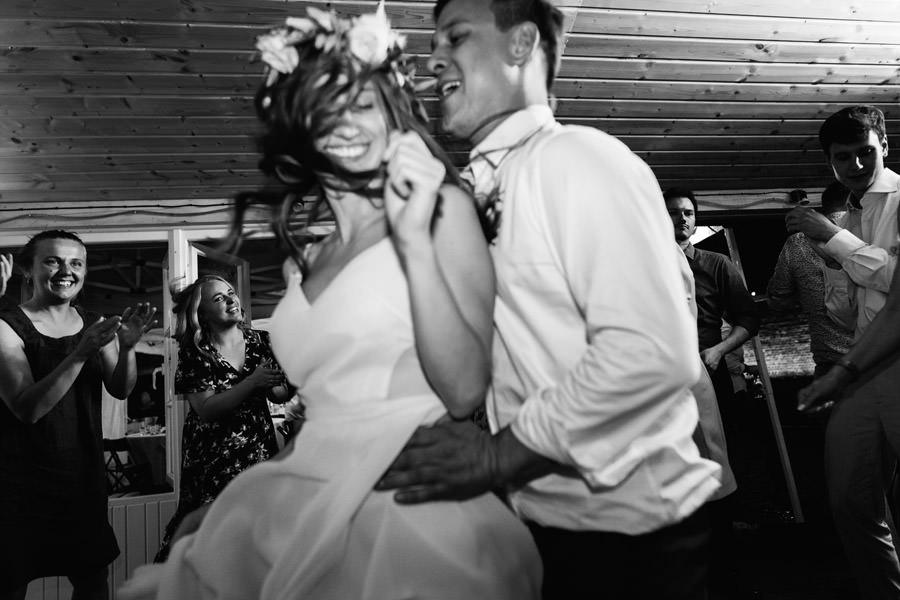 najlepszy fotograf slubny warszawa, wesele na spokojnej, spokojna 15, mloda para, wesele w spokojnej 15,