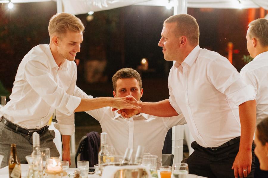 toasty wesene, zabawy na weselu, oczepiny, slow wedding,