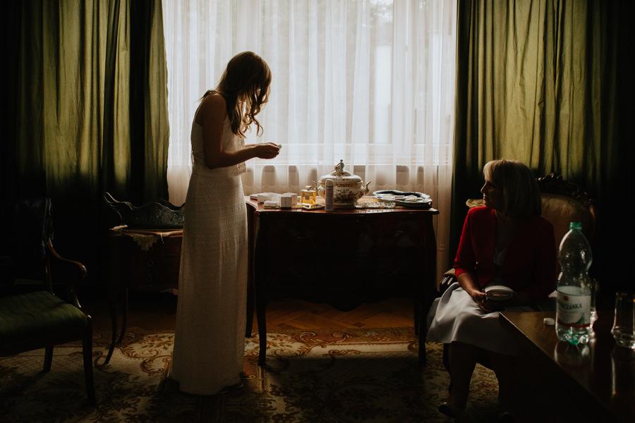 panna mloda, wesele u rozyca, suknia slubna,