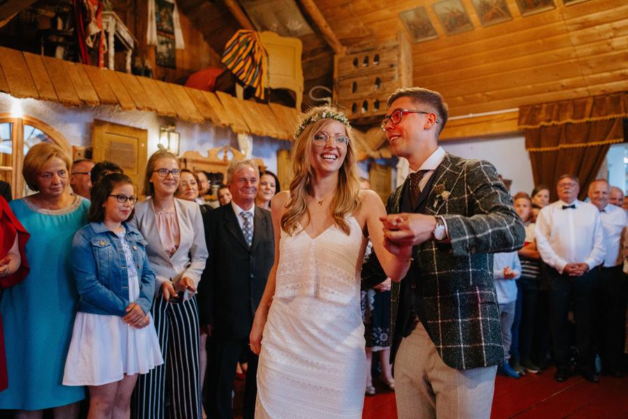 pierwszy taniec, folwark u rozyca, fotograf slubny warszawa, goscie na weselu,