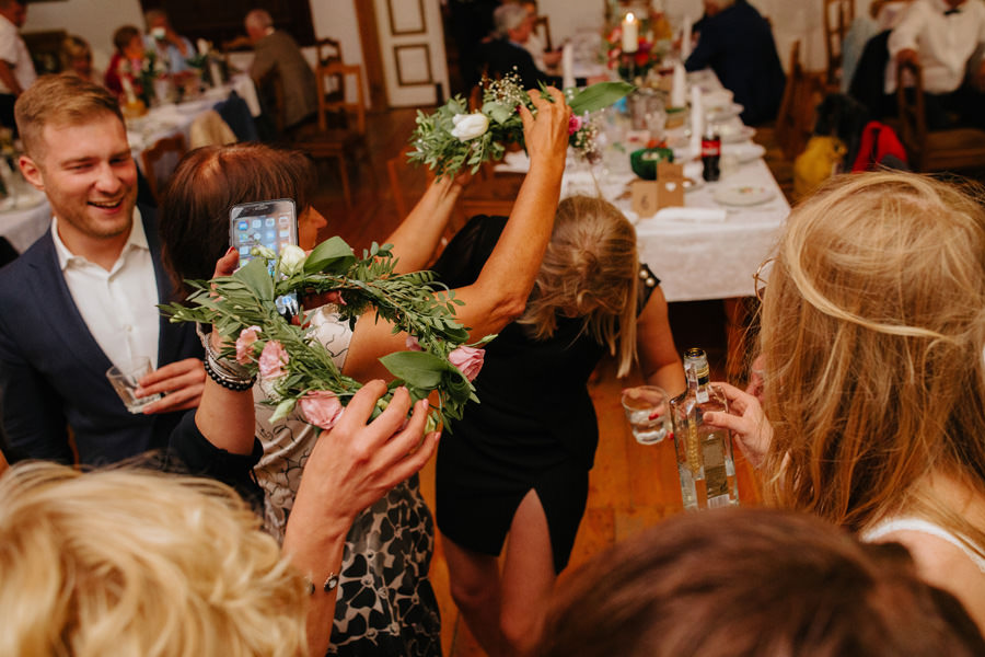 wianki na weselu, wesele boho, metaflora, folwark u rozyca,