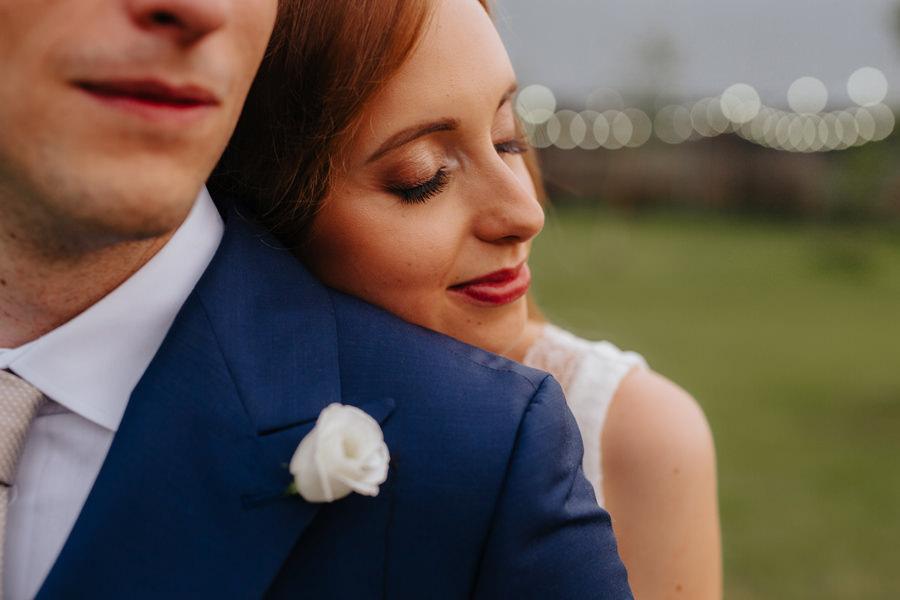 panna mloda boho, moda slubna 2020, slow wedding ruchenka, wesele w stodole,