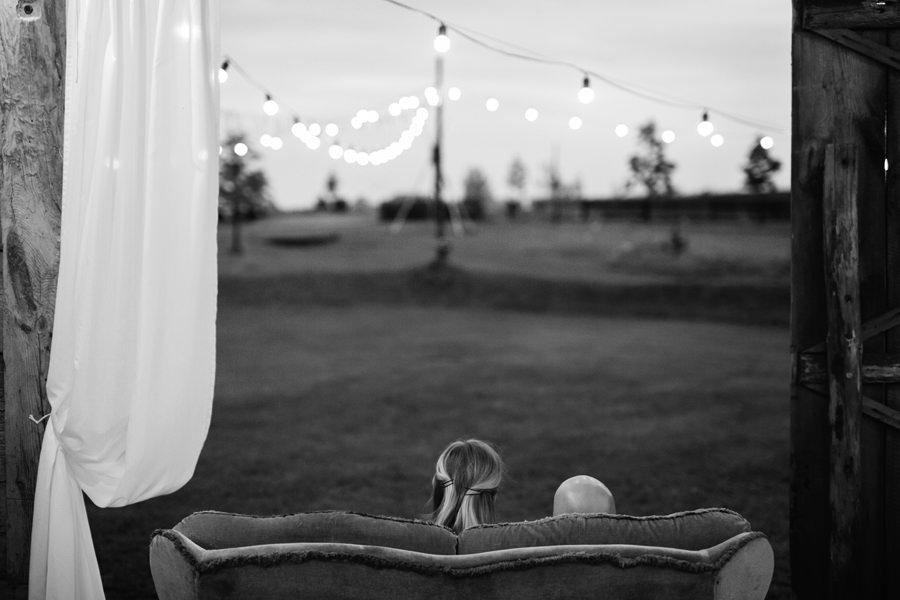wesele 2020, wesele w folwarku, ruchenka, stodola na wesele,