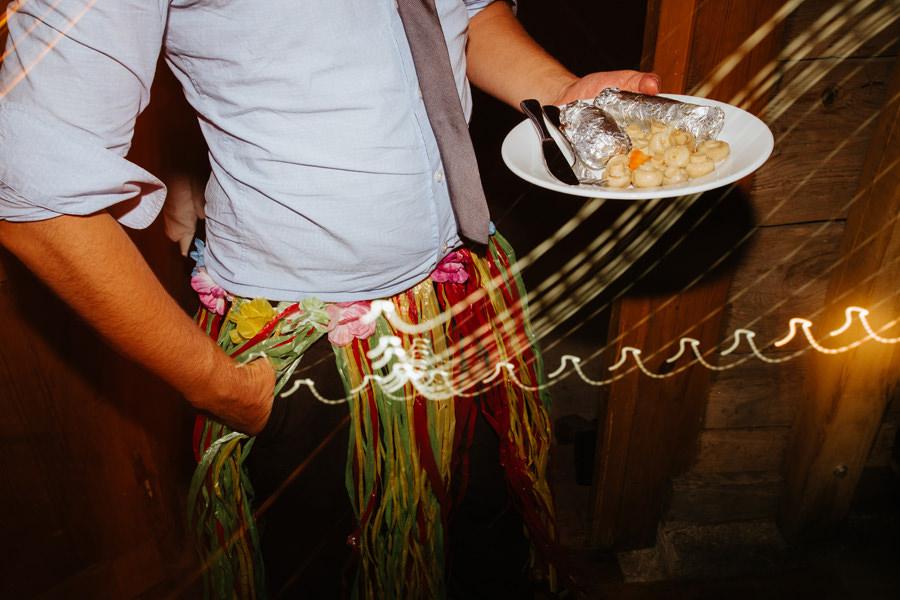 menu na wesele, grill na weselu, smieszne zdjecia slubne, zajebisty fotograf slubny warszawa,