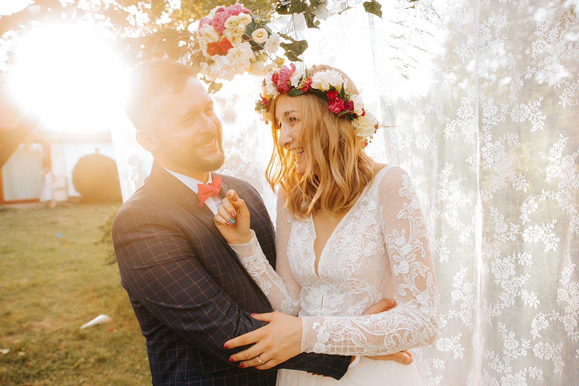 ślub humanistyczny, dom w przepitkach, wesele w stodole, peter sadowski fotograf