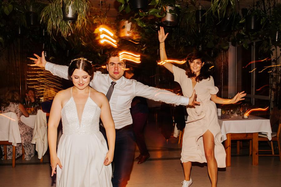 dj jegomosc oczyszczalnia, wesele w oczyszczalnia miejsce, barn wedding poland, wedding photographer warsaw